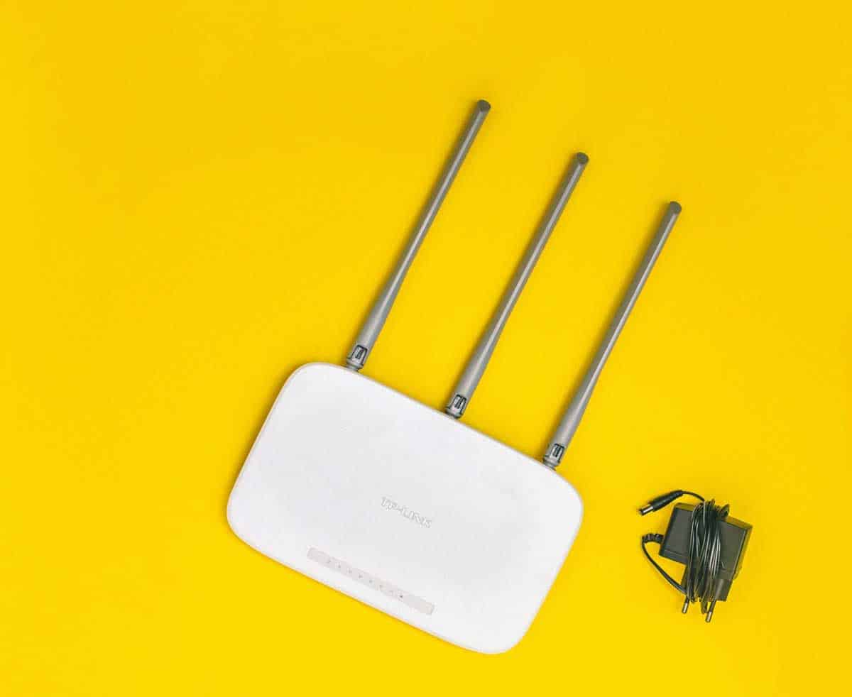 Wi-Fi EXTENDER WORKS BEST WITH COMCAST